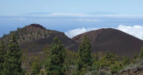 Volcanes recientes en la Dorsal de Abeque